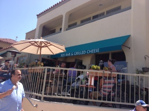Andres 805 & Grilled Cheese Happy Hour